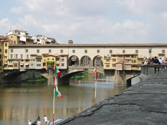 Ponte Vecchio (533Wx400H) - Photo by Stefania (student from Turin)