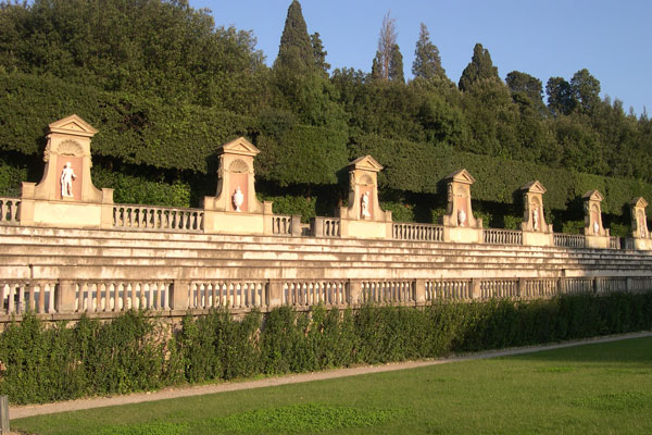 Boboli Garden (600Wx400H) - A beautiful view of the Boboli Garden (Photo by Marco De La Pierre)