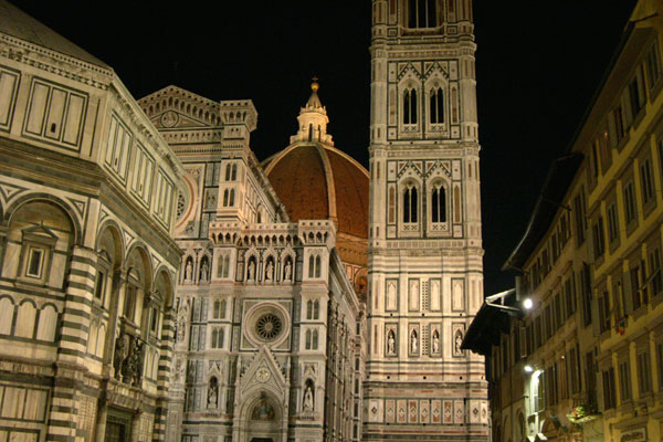 Duomo (600Wx400H) - Duomo, Campanile, Battistero at night...(Photo by Marco De La Pierre)