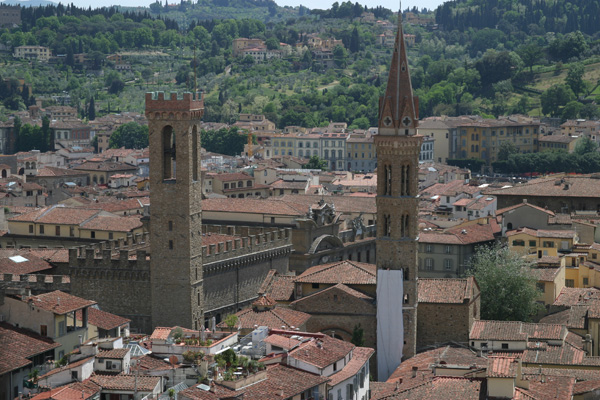 Badia Fiorentina (600Wx400H) - Badia Fiorentina and Bargello seen from the top of the Duomo (Photo by Paolo Ramponi)