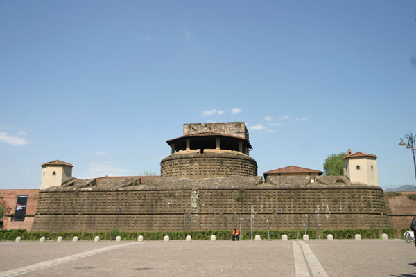 Fortezza da Basso View (600Wx400H) - View of Fortezza da Basso of Florence (Photo by Stephanie Colorado)
