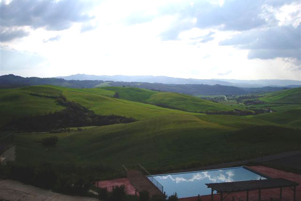 Farmholiday in Volterra (600Wx400H) - A wonderful view of Tuscan from AgriHotel Il Palagetto at Volterra (Photo by Tommaso Oliviero Ciabini)